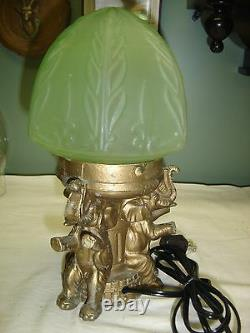 Antique Figural Lamp 3 Elephants Sitting on Drum with feet holding shade 7640a