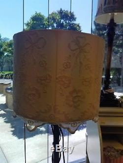 Victorian Trading Co Chantilly Lace Ivory Drum Lampshade